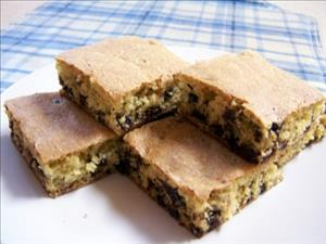 Chocolate Chip Nut Bars